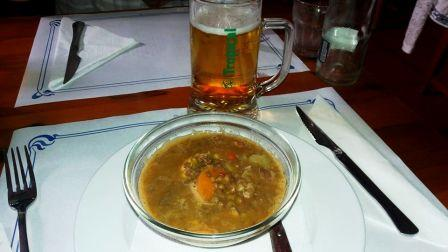 Cerveza grande and Canarian ranch stew