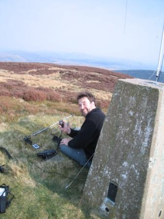 Tom MW1EYP/P activating on Rhialgwm GW/NW-046
