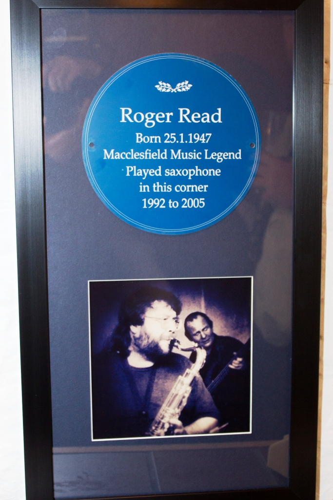 """English Heritage"" style blue plaque - displayed in MASH Guru, Macclesfield (formerly El Rio, where Roger played a residency for many years)"